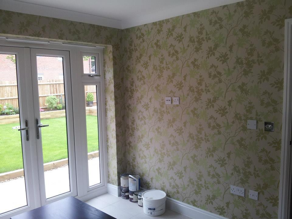 Wallpapering in Frimley 1