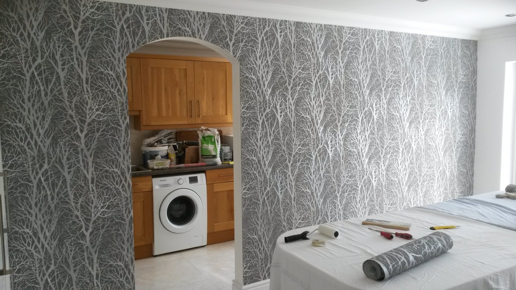 Wallpapering in Guildford 1