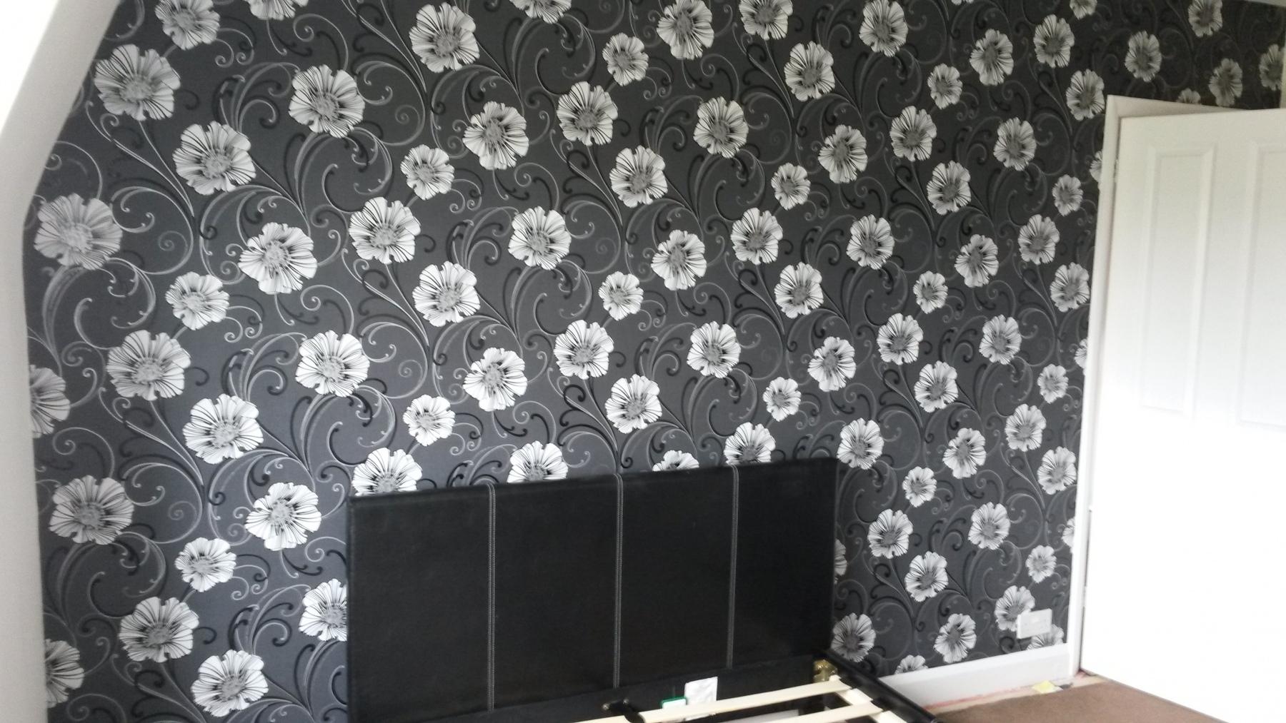 Wallpapering in Aldershot 3